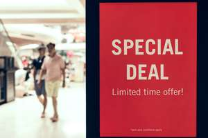 Offer discounts for faster payments